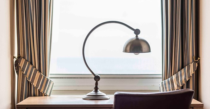 Brudenell Hotel - lamp - seaview room 305