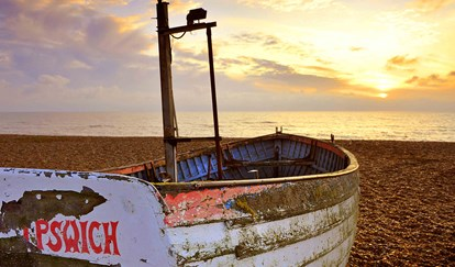 The Brudenell Hotel, Aldeburgh, boat on beach